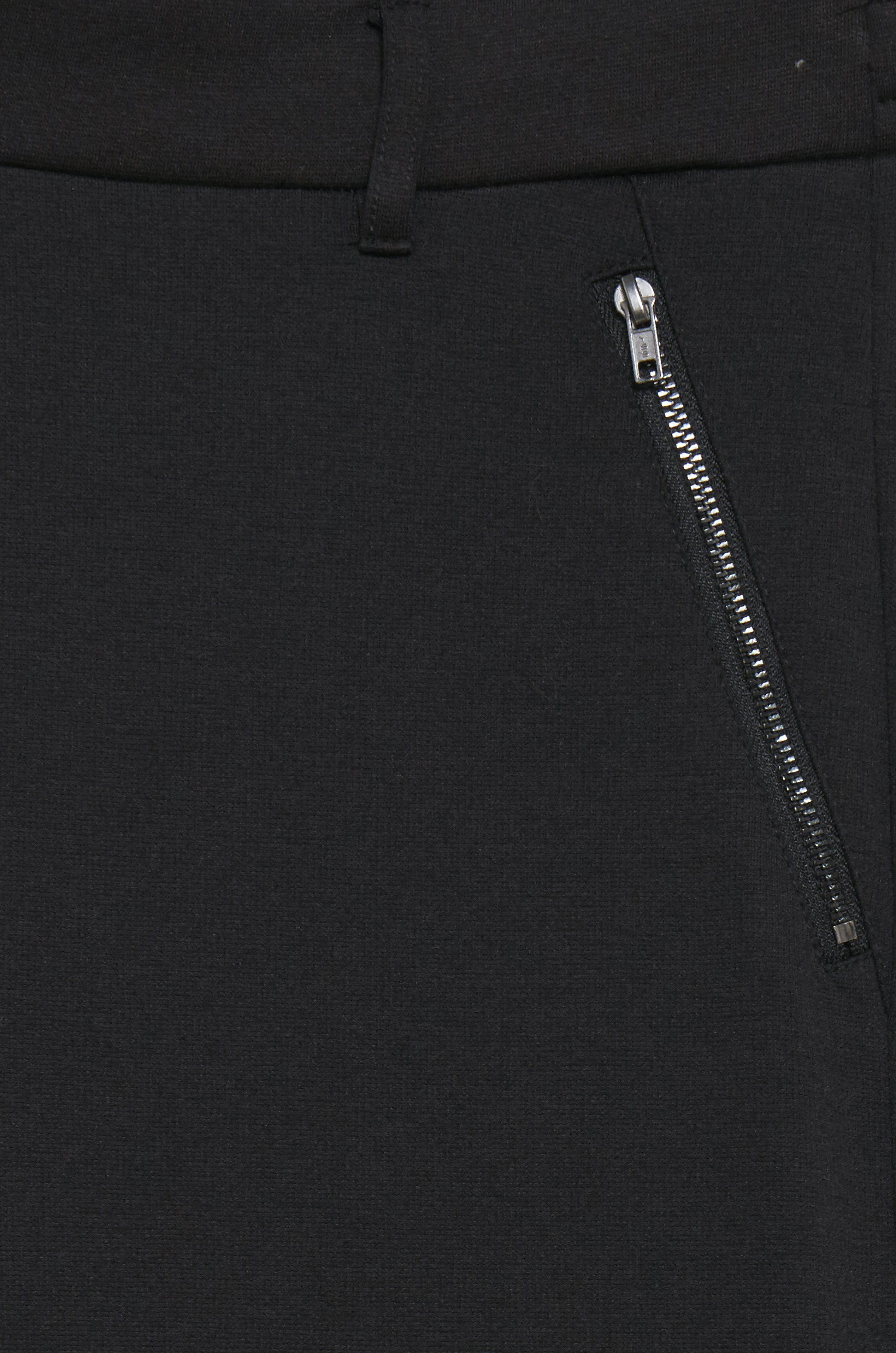 Black Bukser i blød jersey med lynlås - cropped længde  – Køb Black Bukser i blød jersey med lynlås - cropped længde  fra str. XS-XXL her