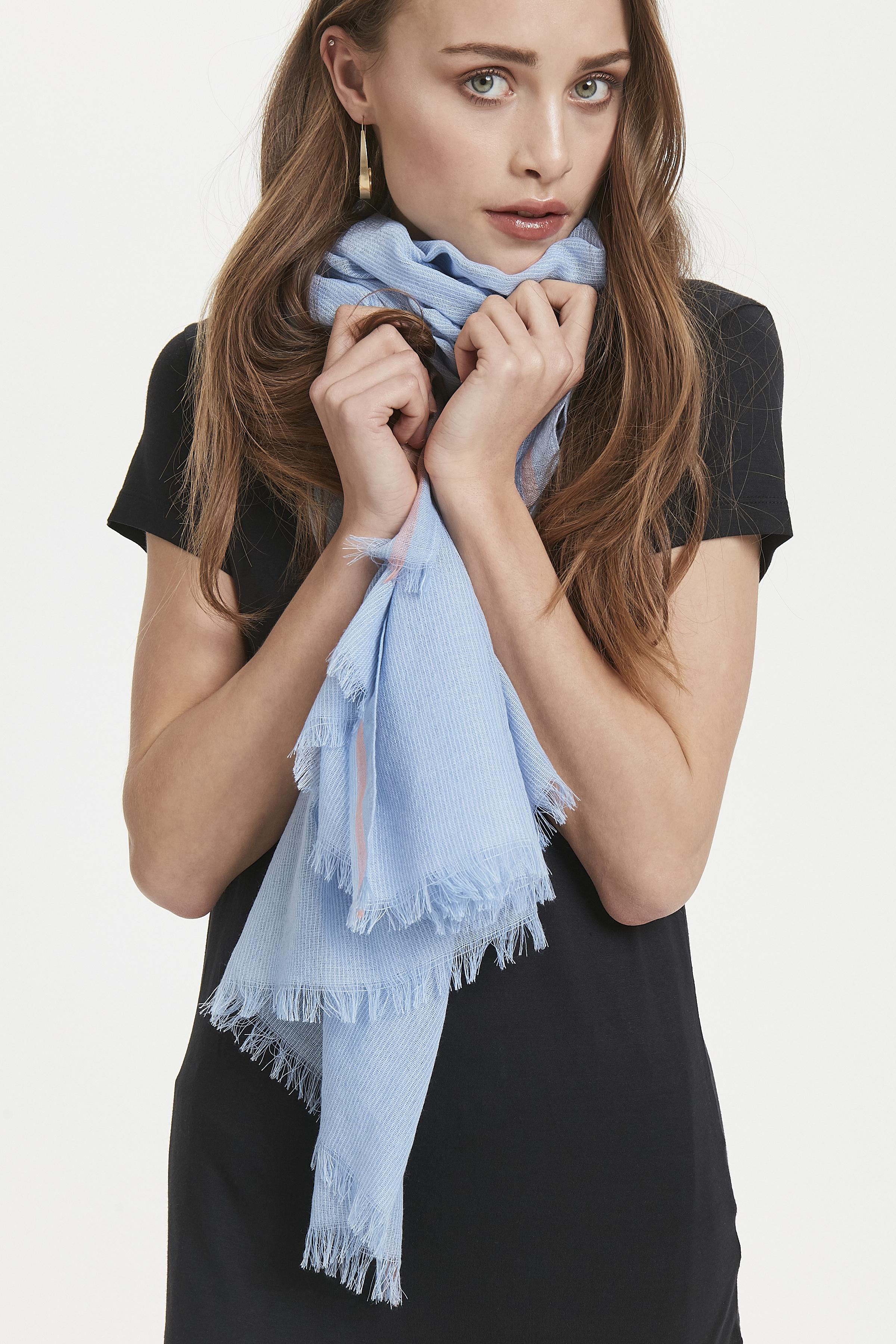 Blue Shadow Tørklæde – Køb Blue Shadow Tørklæde fra str. ONE her