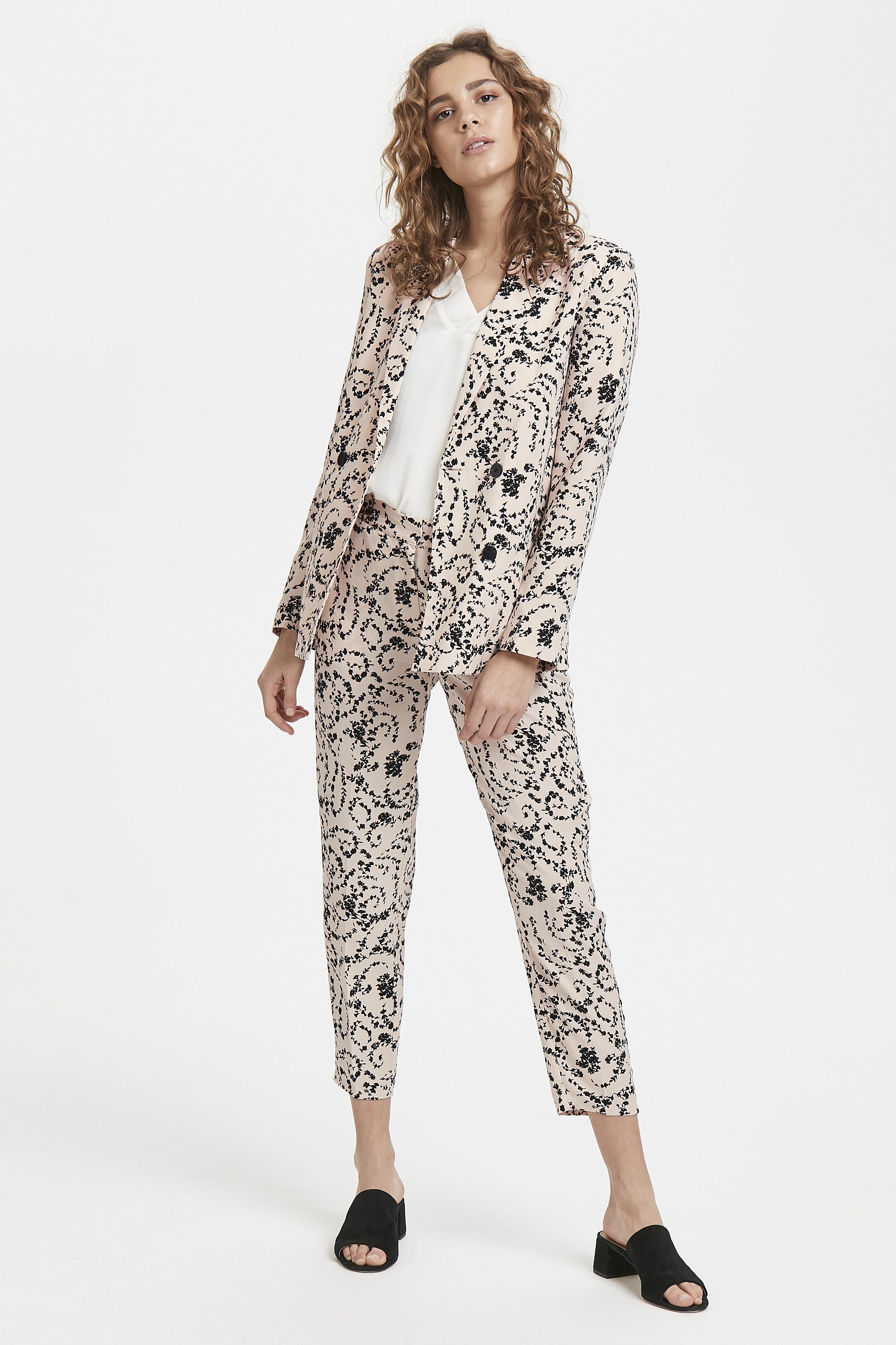 White Swan Blazer – Køb White Swan Blazer fra str. XS-XL her