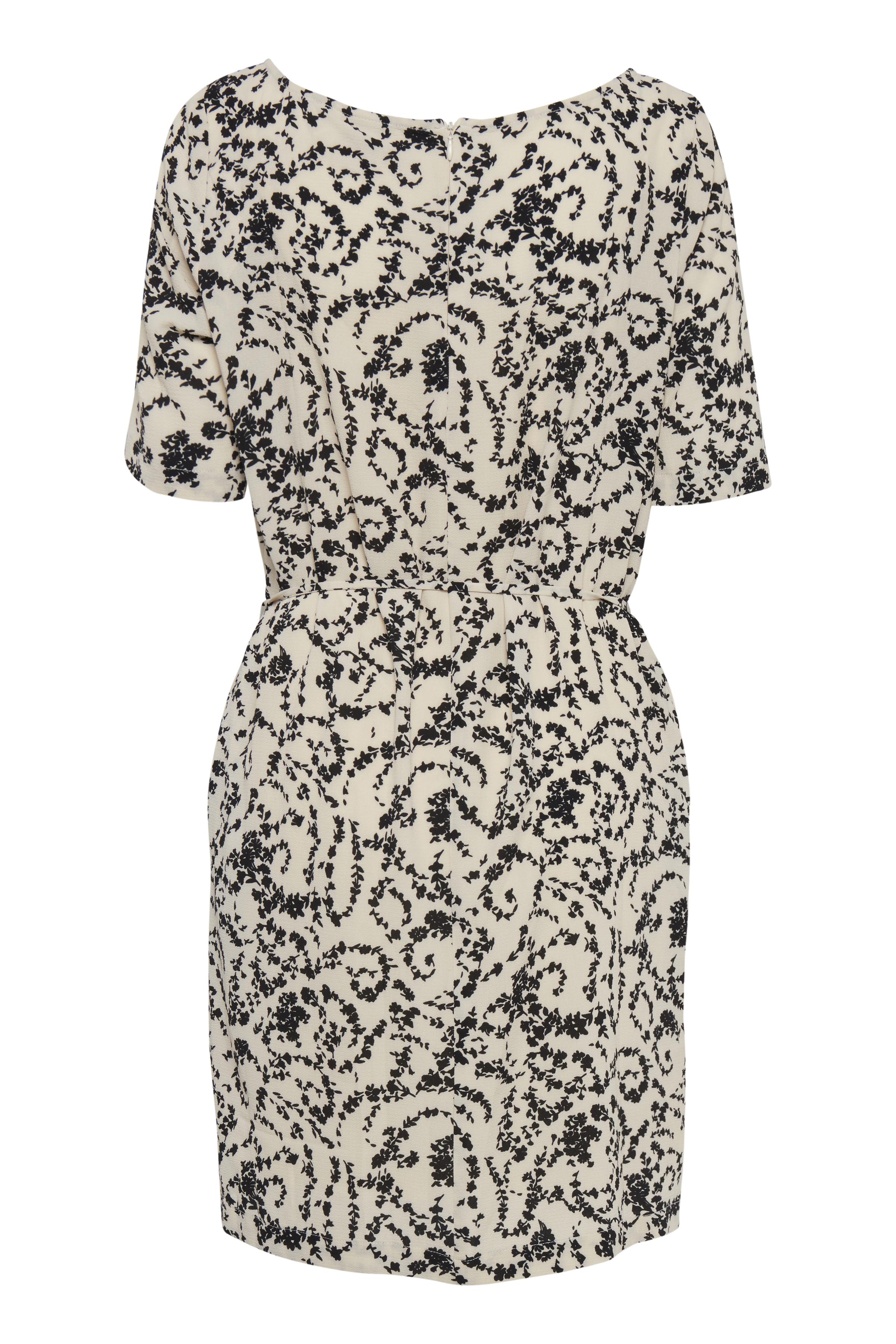 White Swan Dress fra Ichi – Køb White Swan Dress fra str. XS-XL her